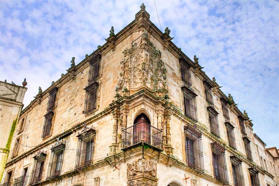 Palacio-Marques-de-la-Conquista-Trujillo
