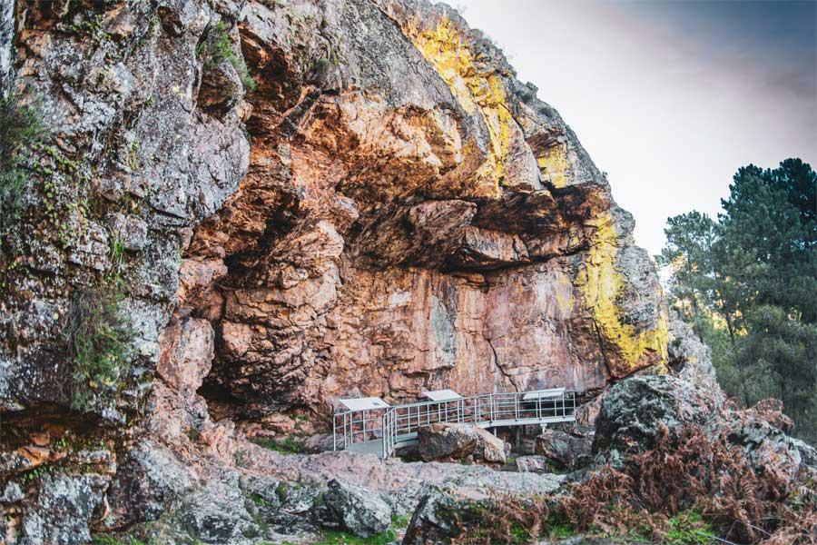 Ruta-Cueva-Chiquita-Cañamero-geoparque