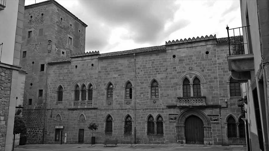 palacio-de-monroy-plasencia